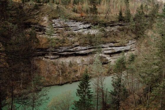Blick auf Fluss - Etappe 8