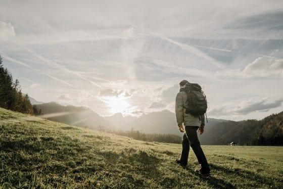 Wanderung über Wiese