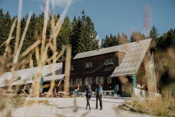 Hütte auf Etappe 4
