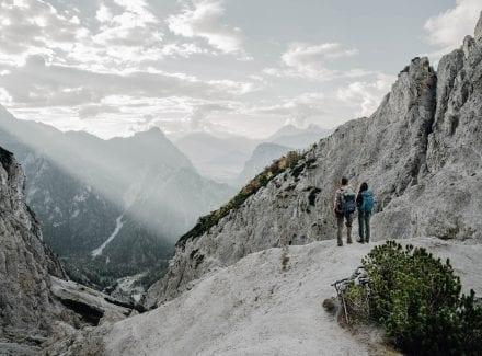 Ausblick vom Berg auf Etappe 6